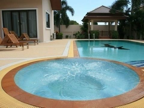 Thumb 1.2  house d pool jacuzzi